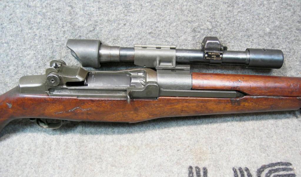 <b>M1-D Garand Sniper Rifle</b> [online]. <i>source: http://www.militariaauctionsetc.com/firearms_m1-d_garand_cw_smith_carbine#Next</i>